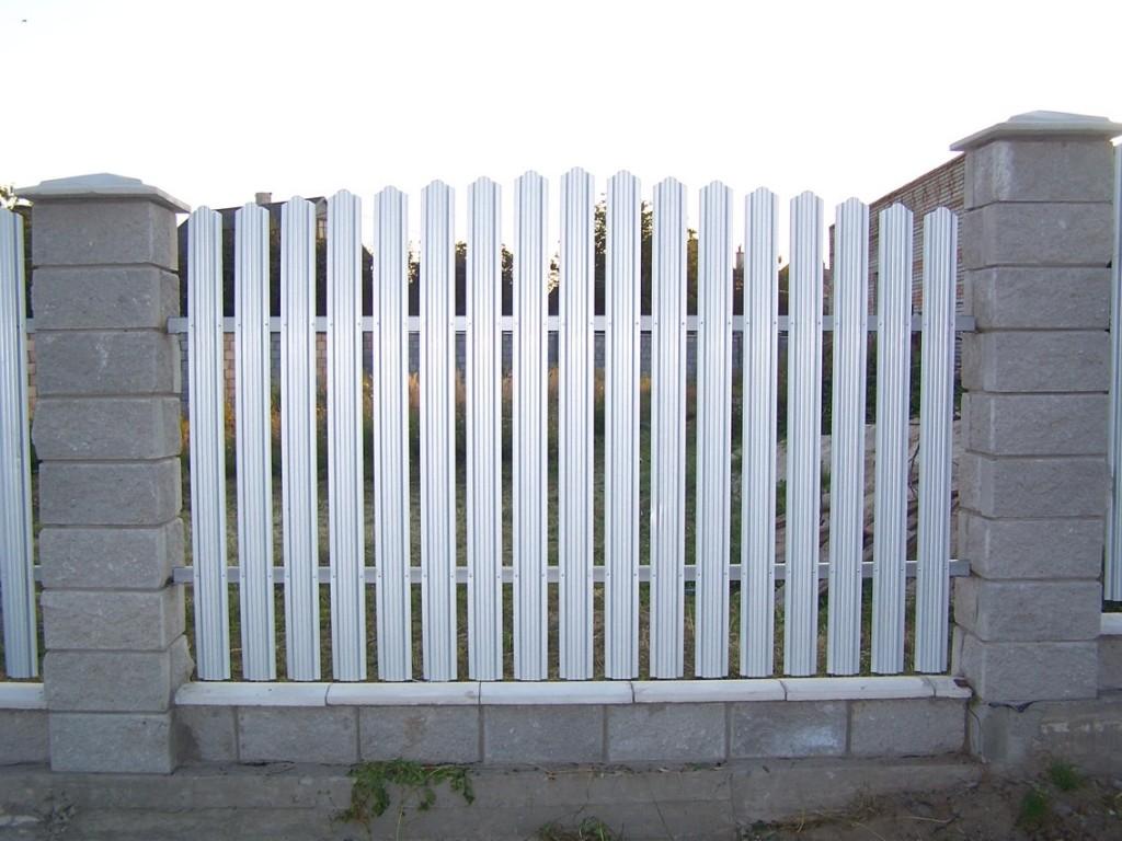Установлена линия производства штакетника