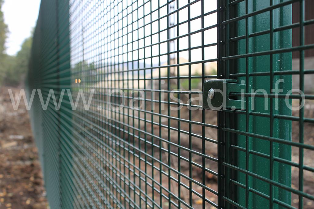 Цементный завод огражден системой периметрального заграждения 3S